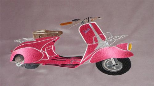 gros-plan-scooter-moyenne.jpg