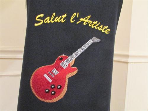 Guitare gros plan moyenne