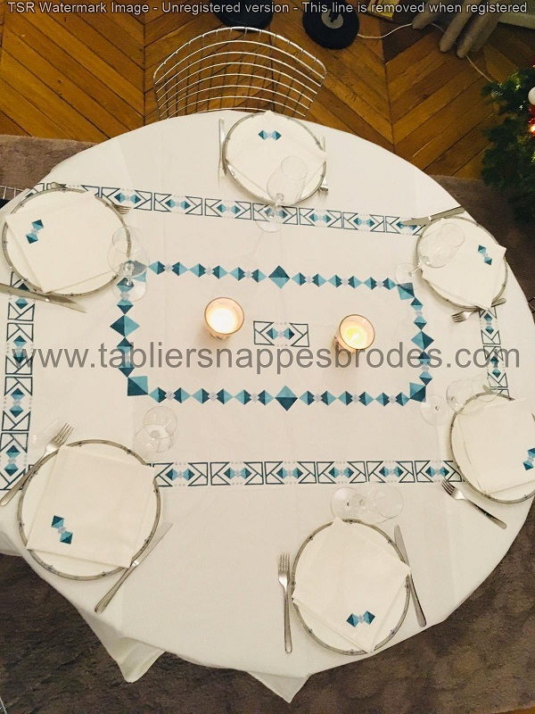 Nappe ronde motifs rectangles