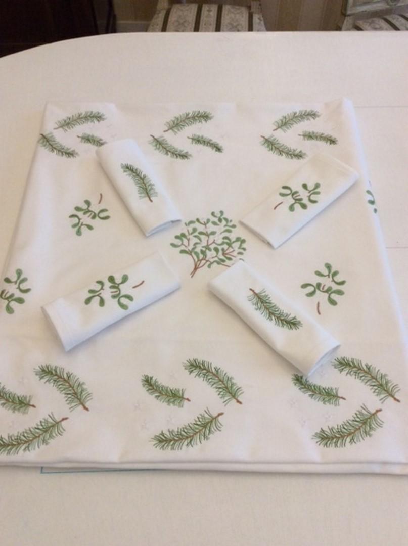 Nappe sapin et serviettes copier