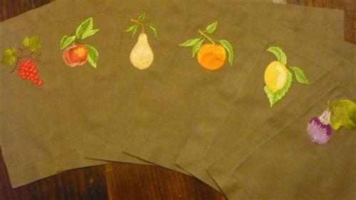set-les-six-fruits-moyenne.jpg