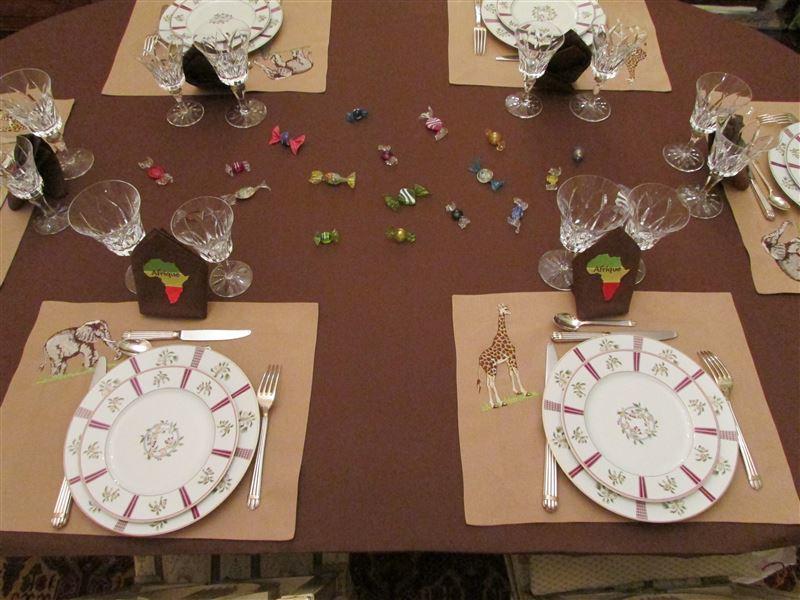 Table safari les deux sets moyenne