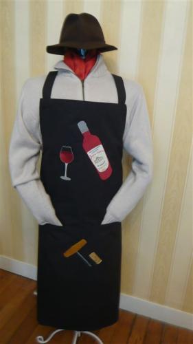 tablier-homme-noir-bouteille-de-bordeaux-moyenne-2.jpg
